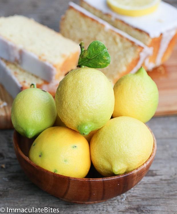 Lemon almond yogurt cake